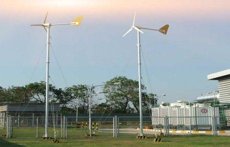 ติดตั้งกังหันลมผลิตไฟฟ้า 1กิโลวัตต์ จำนวน 2 ต้น บริษัท CPF ประเทศไทย