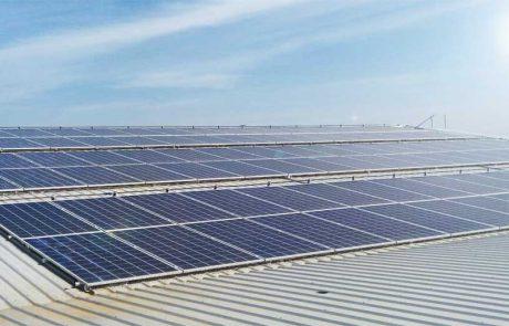 ระบบ Solarcell แบบ Ongrid ใช้แผงโซล่าเซลแบบ Poly Seraphim Solar ขนาด 330วัตต์ กริดอินเวอร์เตอร์ SMA 20KW ติดตั้งบนหลังคาอาคารมูลนิธิเด็ก